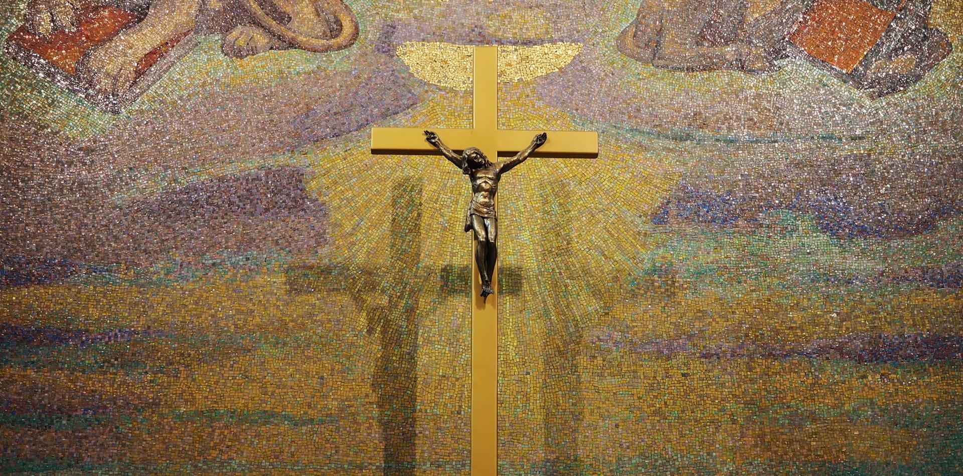 Mosaico Cristo Re a Cremona